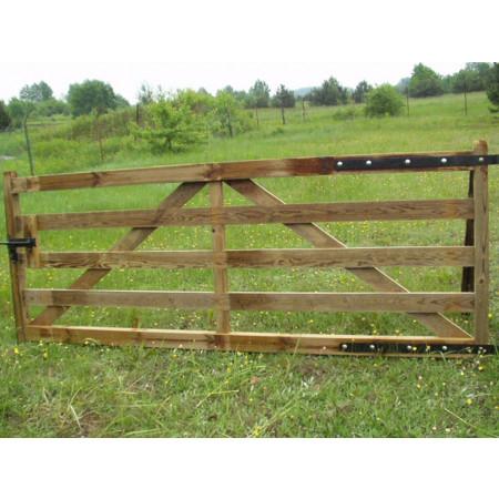 Barrière en bois 120x400cm type A