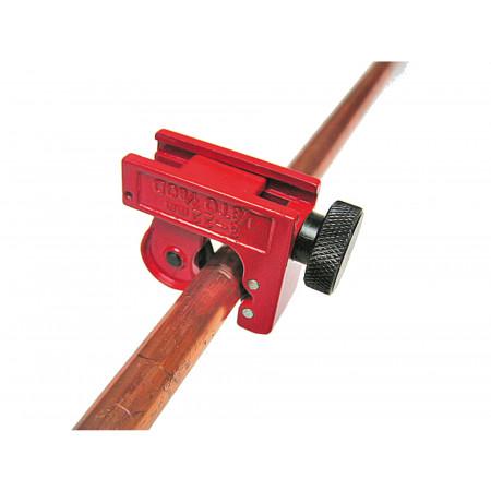 Coupe tube pour tuyau cuivre de 3 à 22mm