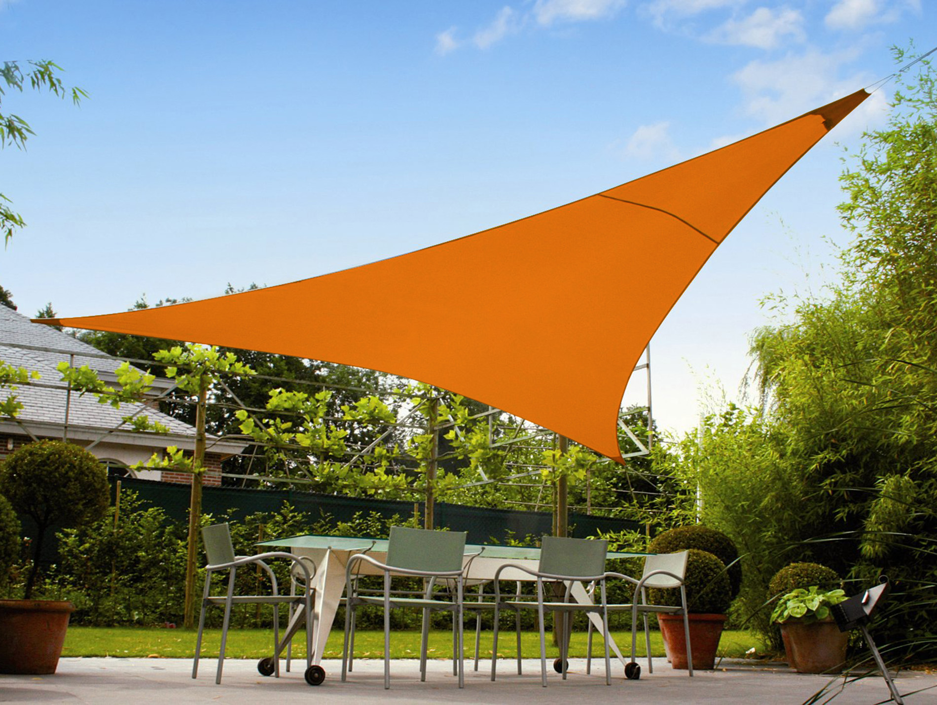 toile d 39 ombrage triangulaire 9 m orange parasol. Black Bedroom Furniture Sets. Home Design Ideas